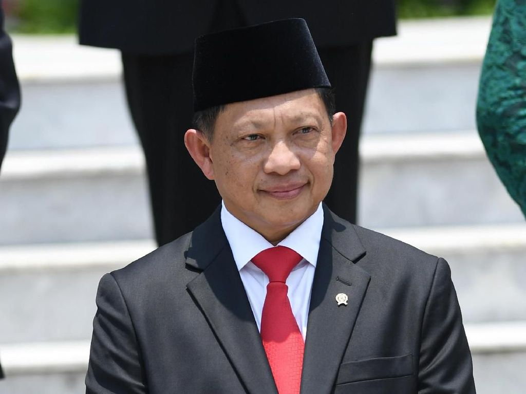 Mendagri Tito Karnavian Targetkan Permudah Izin Investasi