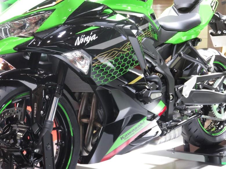 Kawasaki Ninja 4 Silinder Foto: Rangga Rahadiansyah
