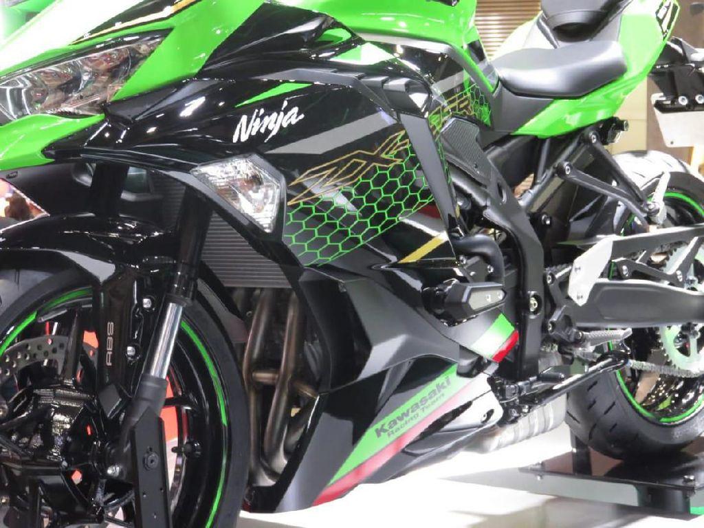 Bikin Eargasm, Begini Raungan Mesin Kawasaki Ninja 250 4 Silinder