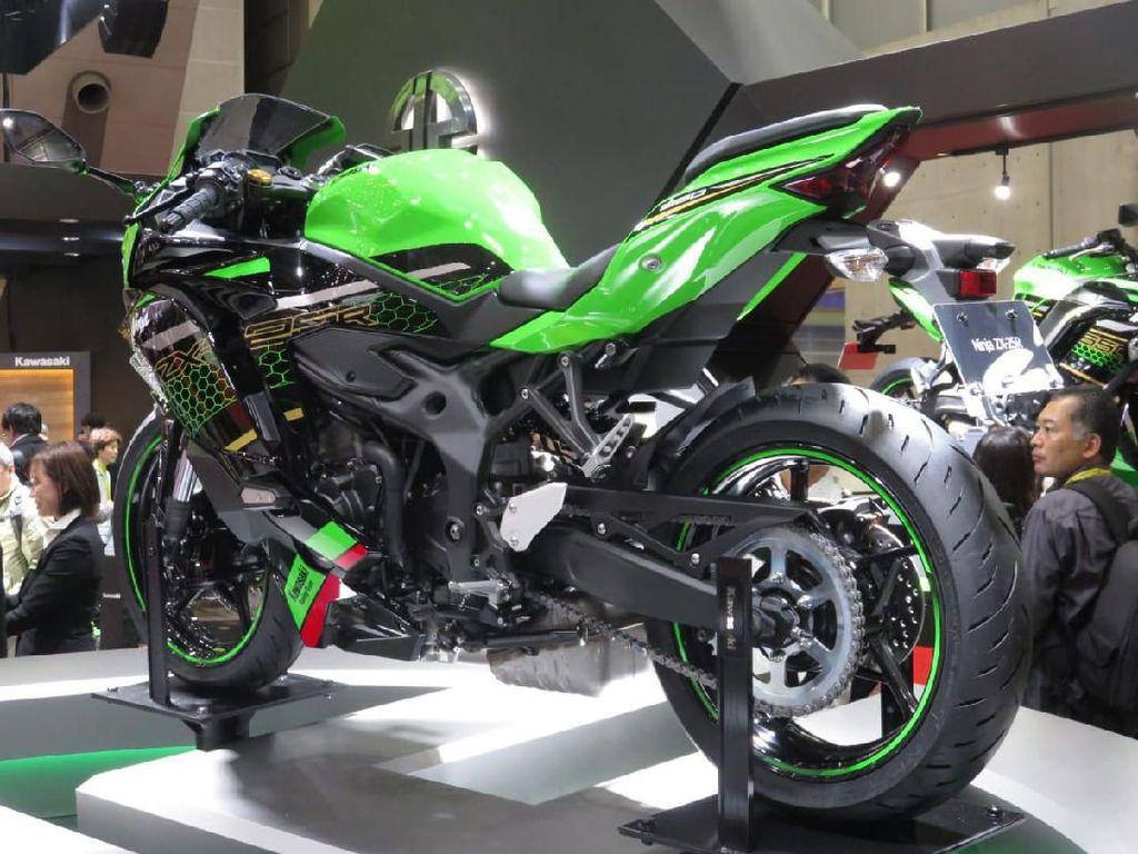 Mau Boyong Ninja 250 4 Silinder? Kawasaki Buka Pemesanan 4 April