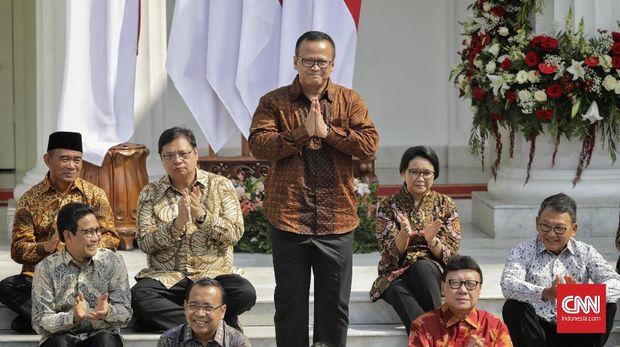 Menteri Kelautan dan Perikanan Edhy Prabowo saat pengumuman jajaran menteri Kabinet Indonesia Maju di tangga beranda Istana Merdeka, Jakarta, Rabu (23/10/2019). (CNN Indonesia/Adhi Wicaksono)
