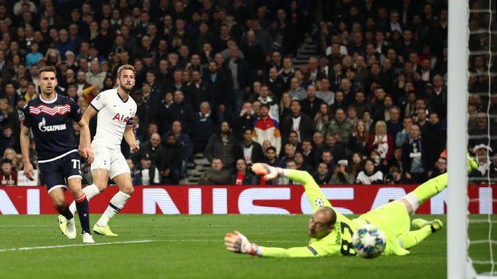 Tottenham Hotspur menang telak 5-0 atas Red Star Belgrade. (Foto: Bryn Lennon/Getty Images)