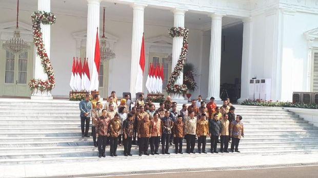 Pesan Khusus Jokowi ke Mendikbud Nadiem Makarim