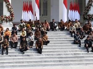 Manuver Relawan Jokowi: Projo Sorot Kinerja Menteri, Joman Dorong Reshuffle