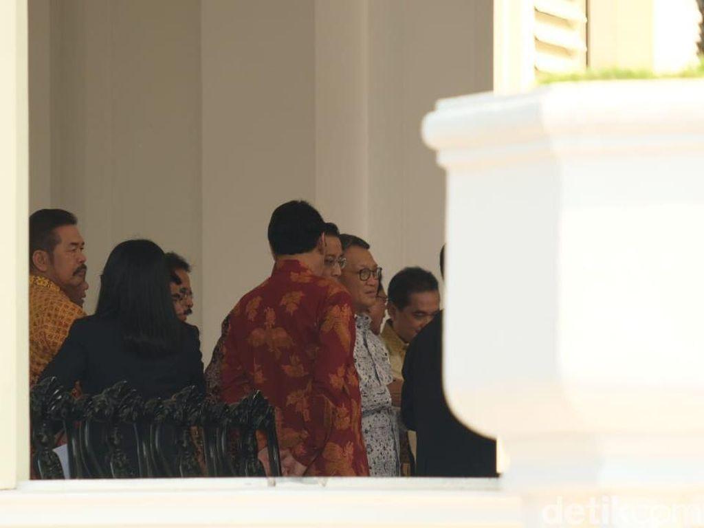 Ada Arifin Tasrif dan ST Burhanuddin di Antara Para Calon Menteri Jokowi