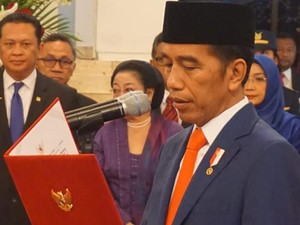 Reshuffle Kabinet Jilid V Jokowi, Rabu Pon atau Pahing?