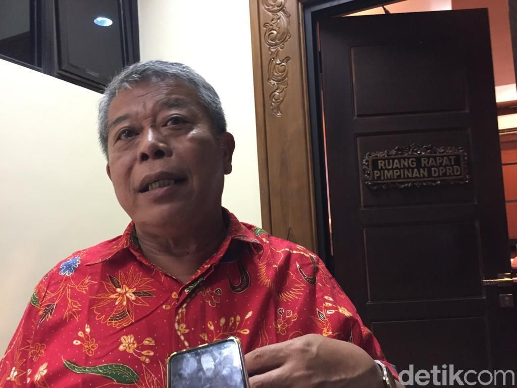 Abdul Halim Iskandar Jadi Menteri, Ketua DPRD Jatim Ingin Disiapkan Pengganti