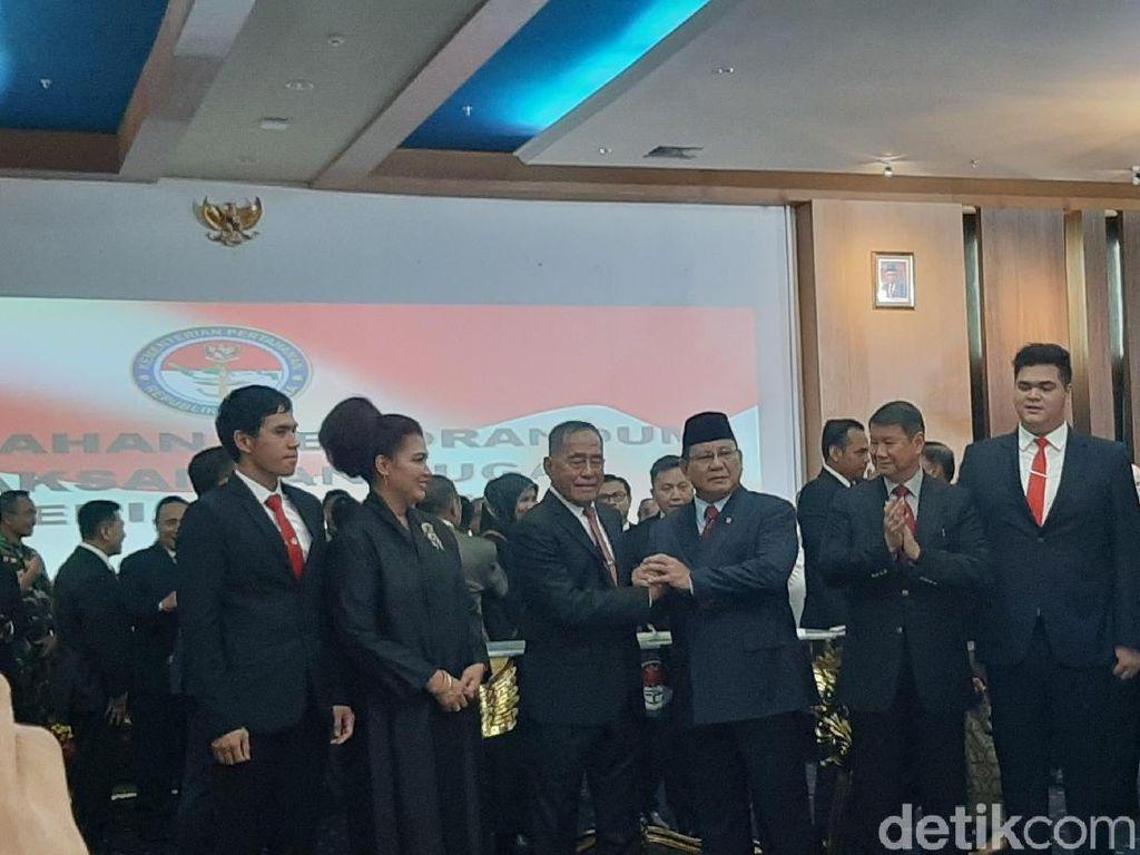 Resmi Sertijab, Menhan Prabowo dan Ryamizard Salam Komando