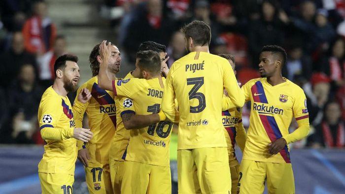 Barcelona menang 2-1 atas Slavia Praha di matchday ketiga Grup F Liga Champions. (Foto: Petr David Josek/AP Photo)