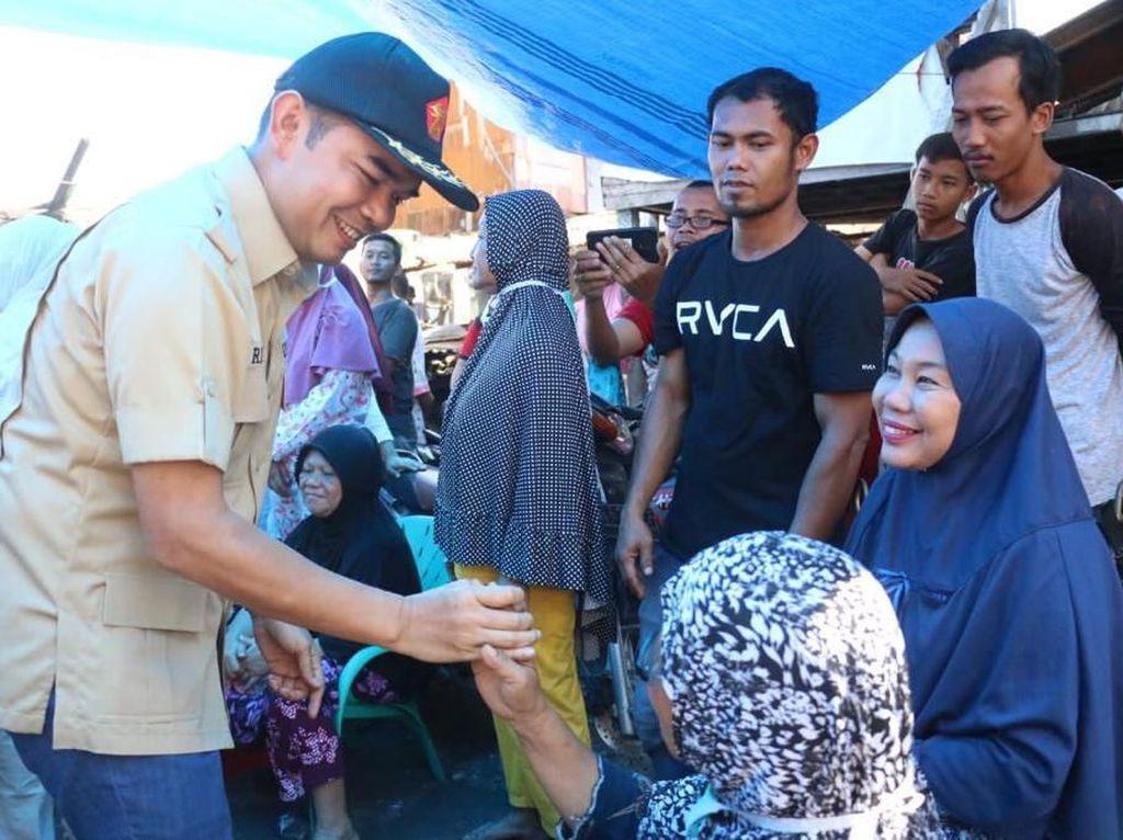 Wakil Ketua DPRD Medan Ihwan Ritonga Temui Korban Kebakaran Sentosa Lama