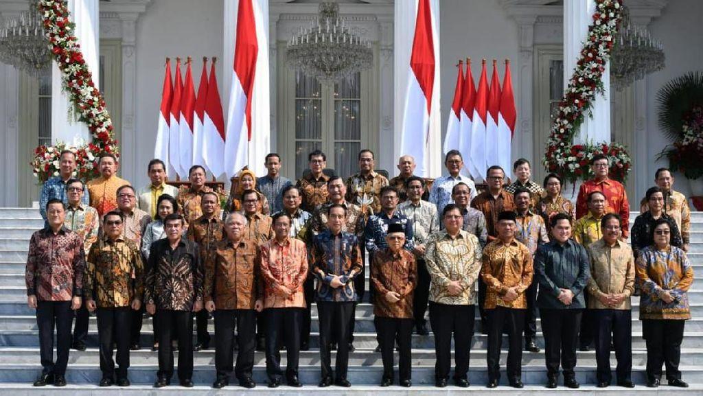 Kuot Politik: Saat Relawan-relawan Jokowi Bidik Menteri