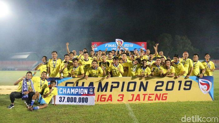 Persiku Kudus juara Liga 3 2019 zona Jateng. (Foto: Akrom Hazami/detikSport)