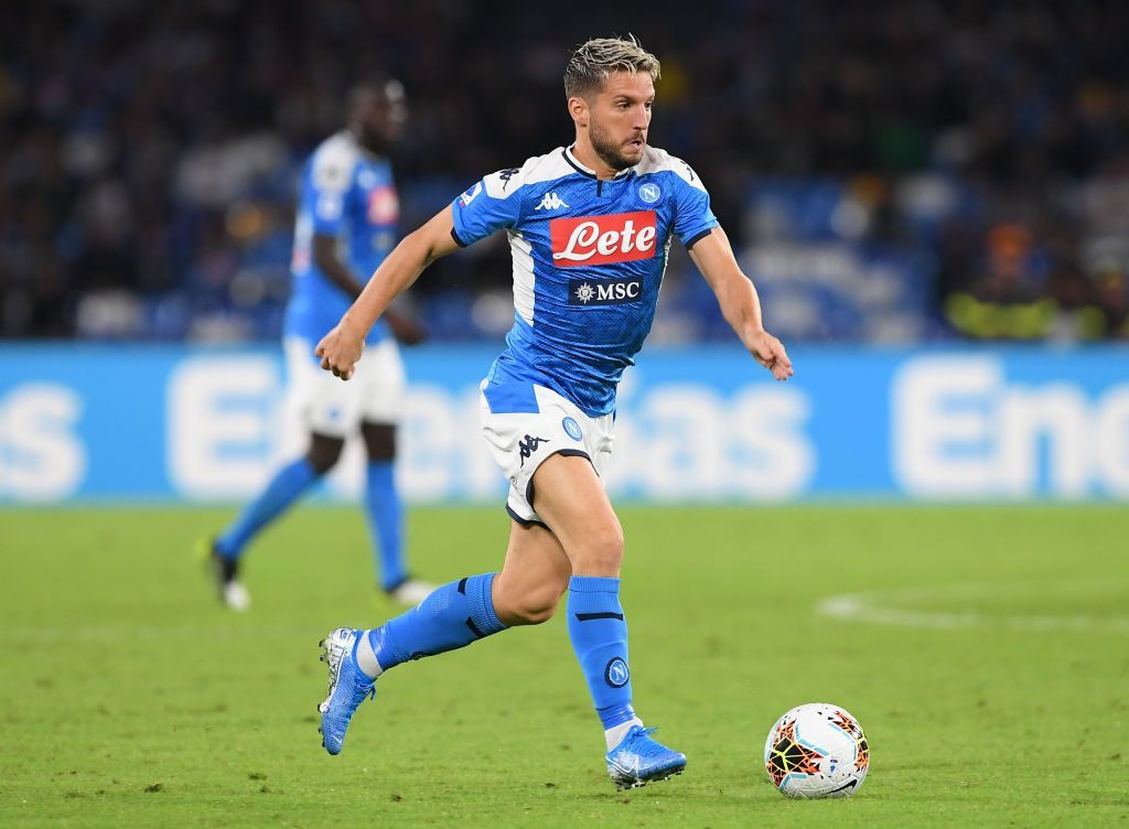 NAPLES, ITALY - OCTOBER 19: Dries Mertens of SSC Napoli during the Serie A match between SSC Napoli and Hellas Verona at Stadio San Paolo on October 19, 2019 in Naples, Italy. (Photo by Francesco Pecoraro/Getty Images)