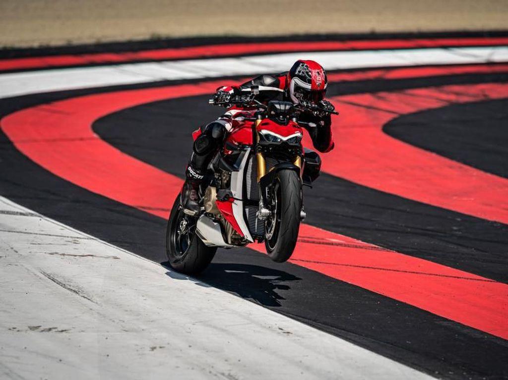 Tantang Kawasaki Sugomi Supercharged, Ducati Luncurkan Streetfighter V4