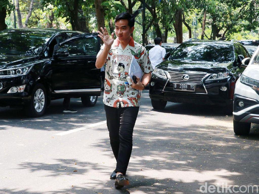 Gibran Sendirian Datangi Megawati, Relawan Gaungkan Gigih-Berani