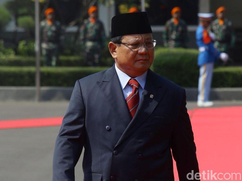 Melirik Keistimewaan Mobil Alphard Menhan Prabowo Subianto