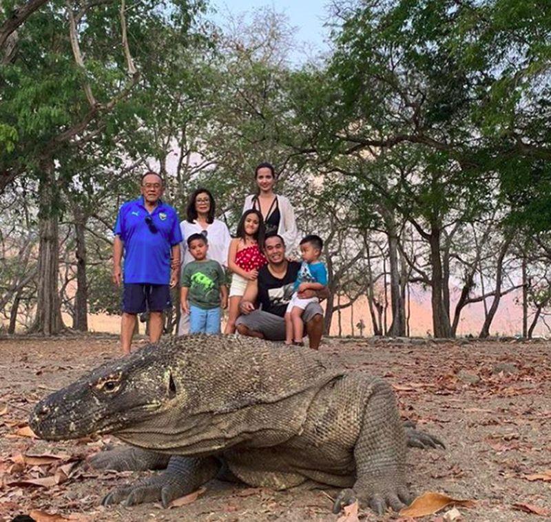 Tentu tak lengkap rasanya bila tak ke Labuan Bajo tidak berkunjung ke Pulau Komodo. (ramadhaniabakrie/Instagram)