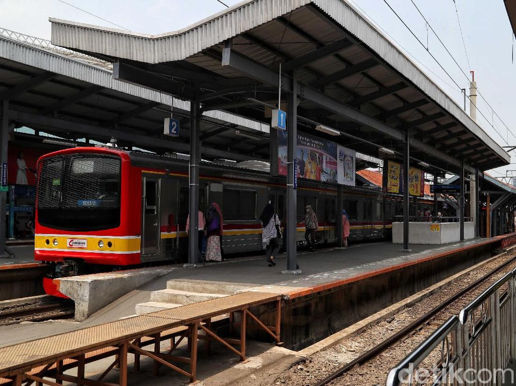 Stasiun Manggarai Gantikan Gambir Mundur ke 2022