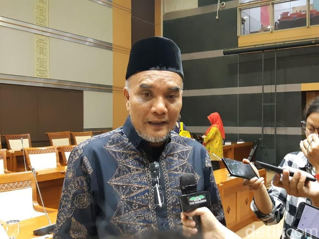 Petugas Dihalangi Disinfektan Rumah HRS, Komisi VIII Minta Doni Monardo Tegas