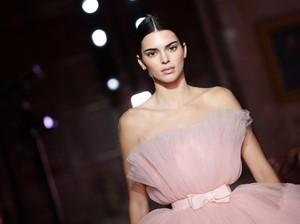 5 Fakta Kendall Jenner yang Menarik dan Belum Kamu Tahu