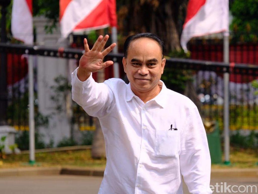Ketum Projo ke Prabowo: Dulu Menyerang, Kini Sayang