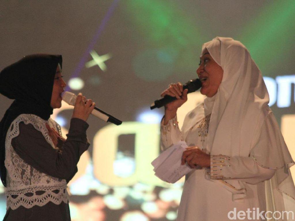 Konser Nissa Sabyan Bius Ribuan Warga Bojonegoro di HUT ke-342