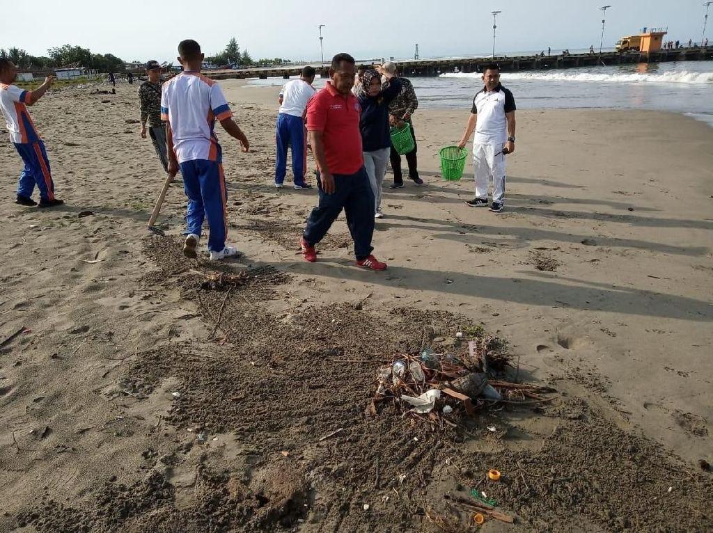 Kurangi 70% Sampah Pada 2025, Kemenhub Bersihkan Laut Tiap Bulan