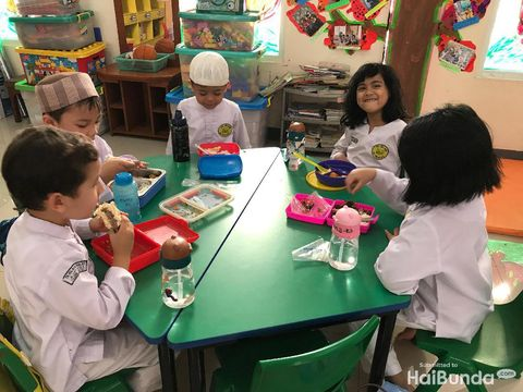 Kombinasikan Montessori & Agama, TK Ini Jadi Sekolah Pilihan Anak Artis