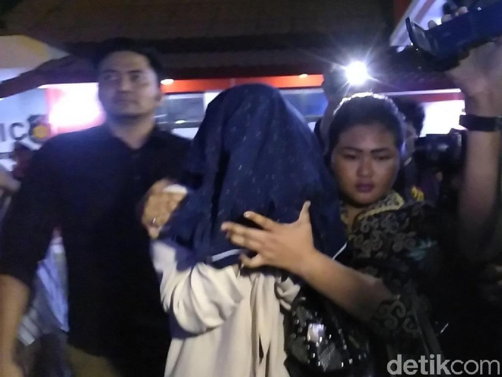 Polda Jatim Bongkar Kasus Prostitusi di Batu, 3 Orang Diamankan
