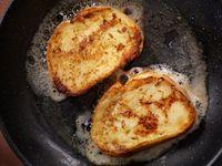 Tanpa Toaster, Roti Panggang Renyah Bisa Dibuat dengan 2 Cara Ini
