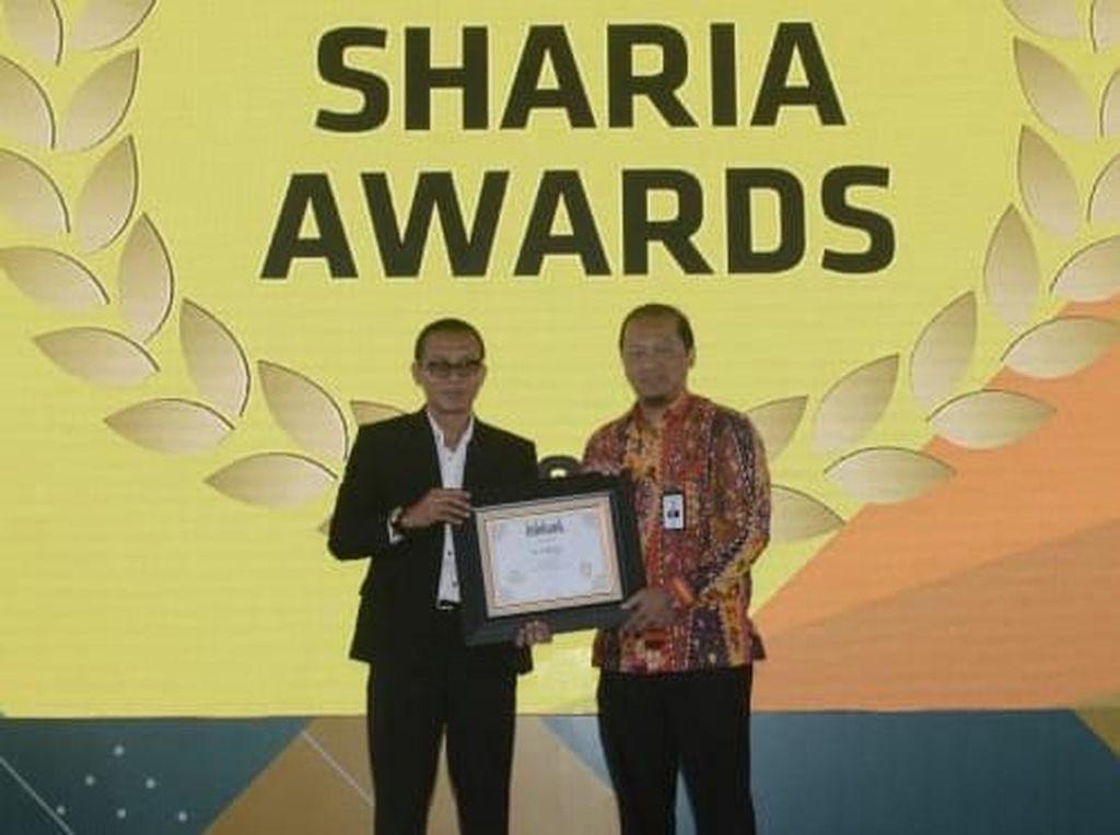 Unit Usaha Syariah Bank DKI Raih Penghargaan
