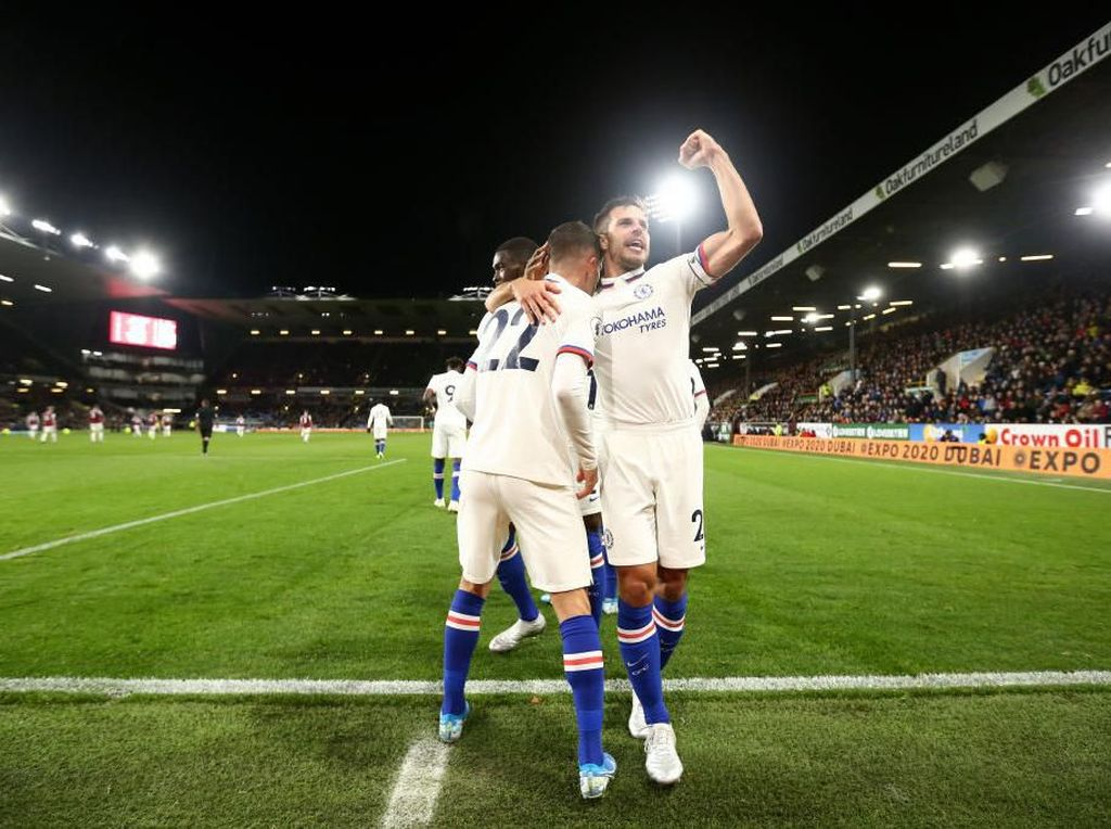 Sepakbola Menghibur Chelsea Tutupi Borok di Lini Belakang