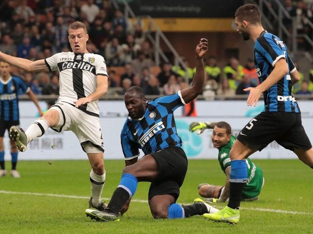 Terlalu Sering Buat Kesalahan, Inter Gagal Kalahkan Parma
