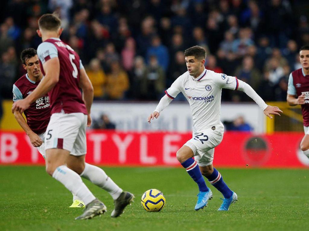 Brace Pulisic Antar Chelsea Ungguli Burnley 2-0 di Babak Pertama