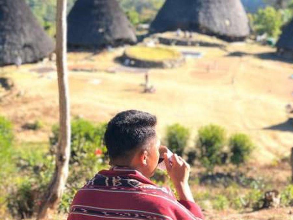 Menikmati Kopi Wae Rebo di Negeri Atas Awan Flores