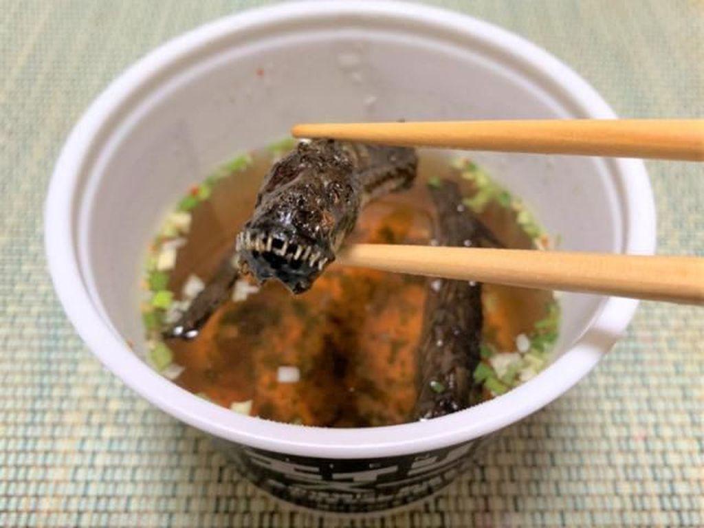 Sup Alien Jadi Tren Kuliner Baru yang Diburu Foodies