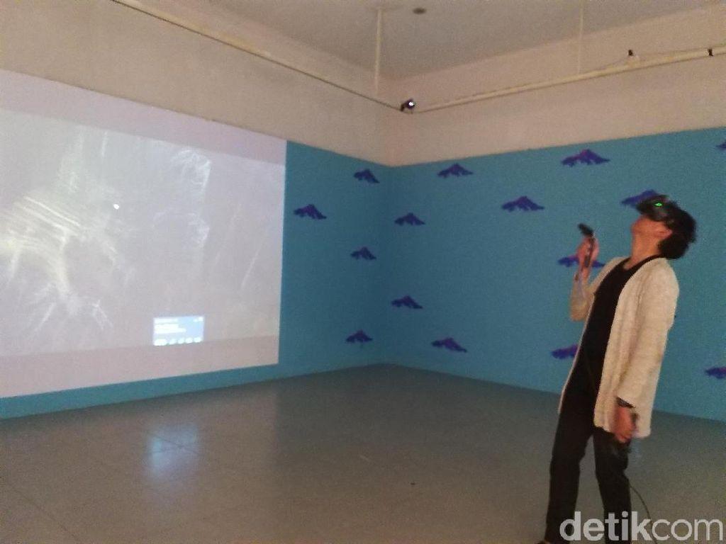 Rasakan Sensasinya! Lihat Karya Seni Pakai VR di Jakarta