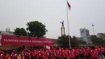 Ojol Bonceng Pamer Pasukan di Lapangan Banteng