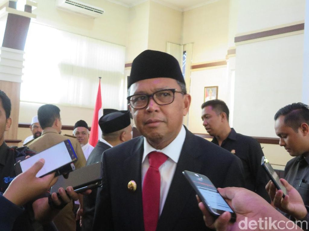 Gubernur Sulsel Minta Persaudaraan Haji Awasi Travel Umrah Bodong