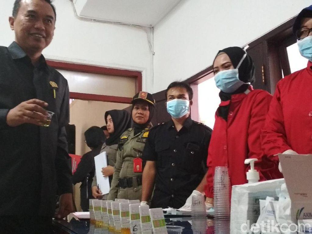 Dua Anggota DPRD Kota Blitar Tak Ikut Tes Urine: Tidak Prosedural
