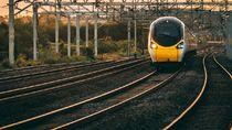 Kisah Ibu Hamil yang Kursinya di Kereta Ditempati Orang Lain