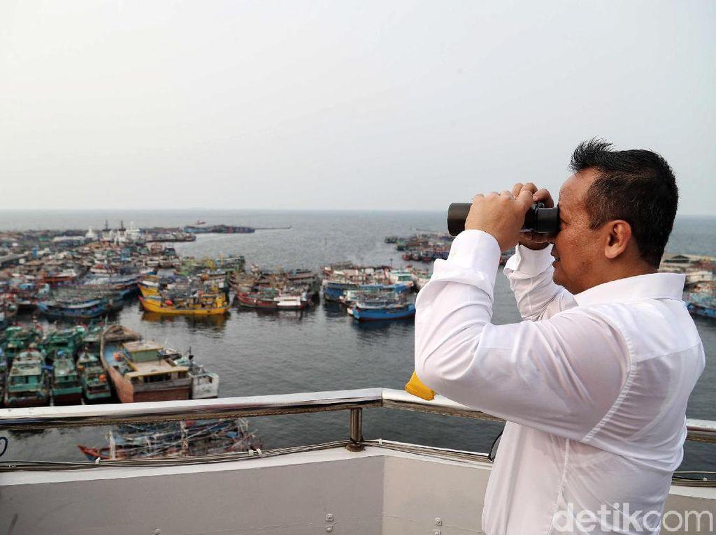 Edhy Prabowo Putar Otak Salurkan Kapal Eks Asing