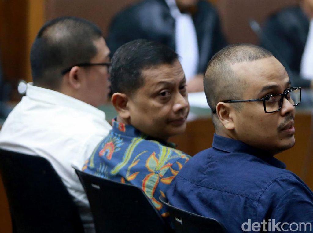 Trio Penyuap di Kasus Suap Impor Bawang Putih Mulai Diadili
