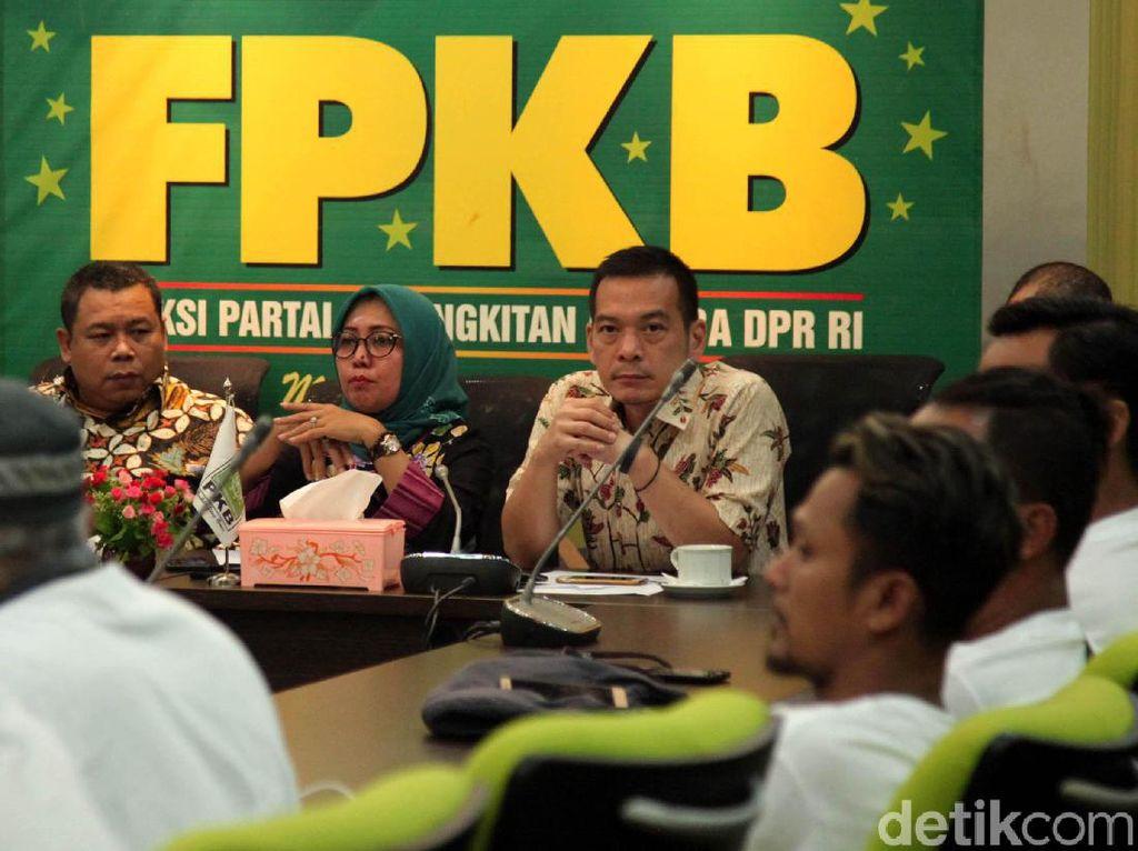 Petani Tembakau Curhat Kenaikan Cukai ke Fraksi PKB