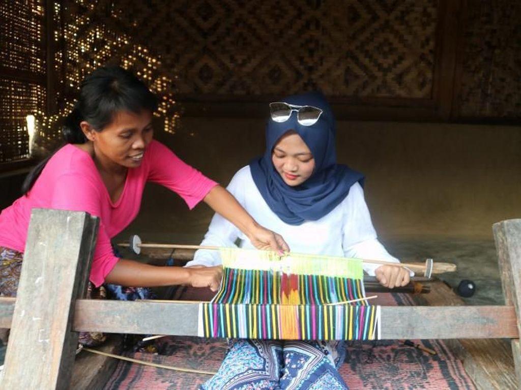Tradisi-tradisi Super Unik dari Desa Sade