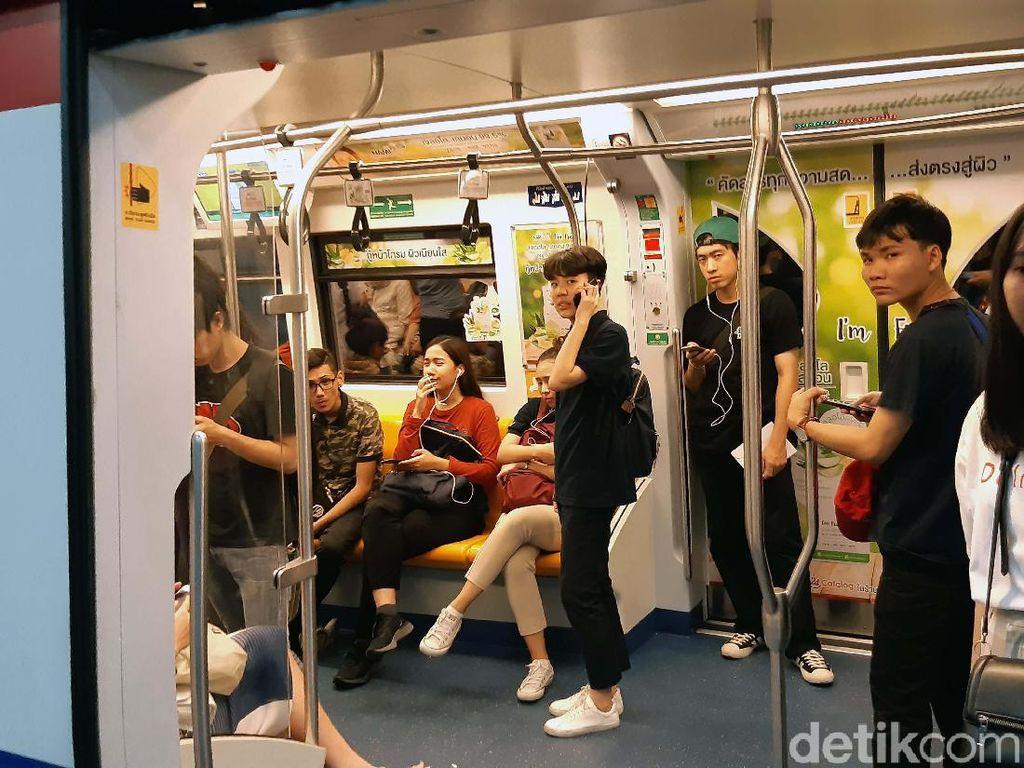 Serunya Menjajal Kereta Layang di Bangkok