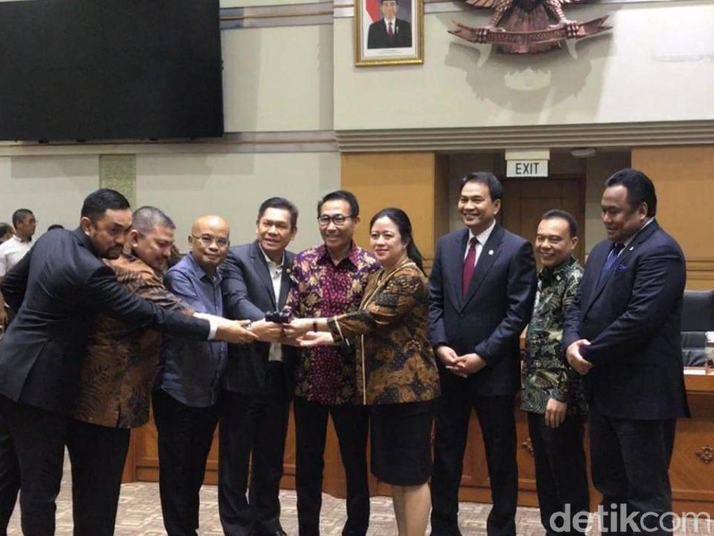 Herman Herry Jadi Ketua Komisi III DPR, Puan Pesan Kerja Cepat