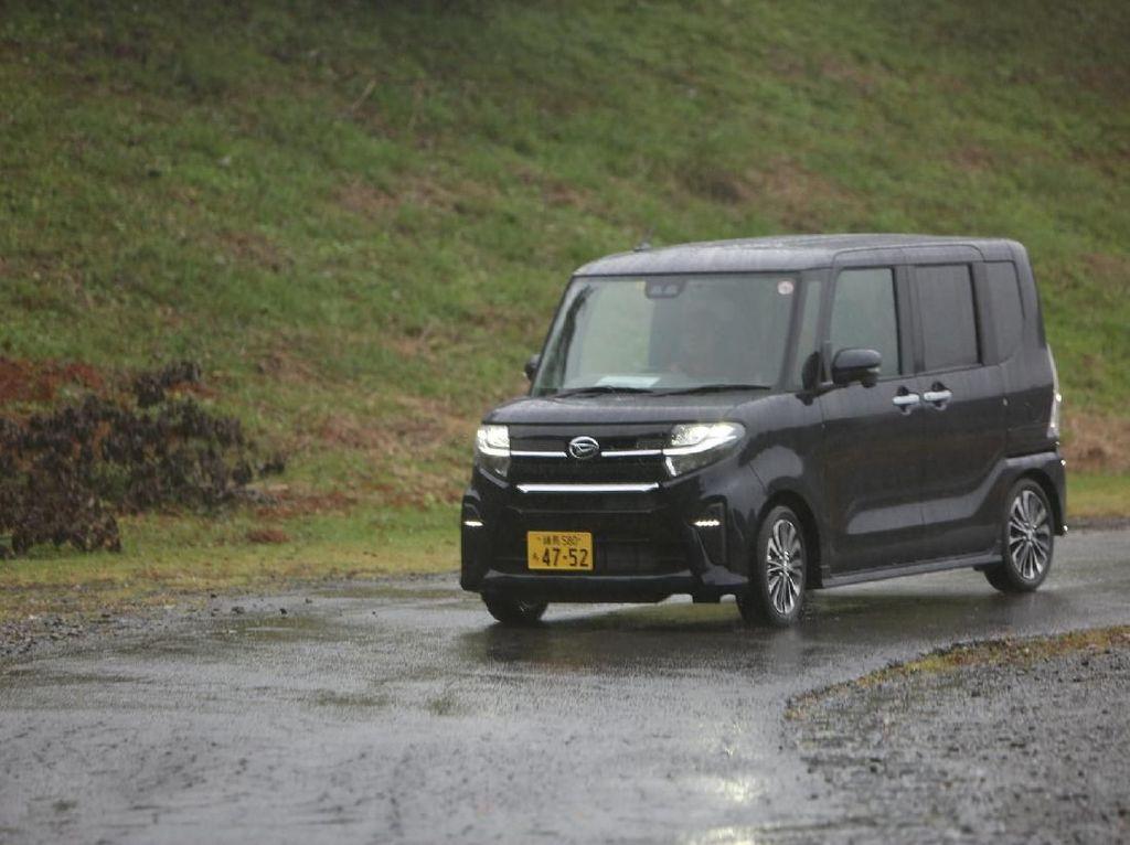Irit Lahan Parkir, Orang Jepang Lebih Suka Mobil Kecil