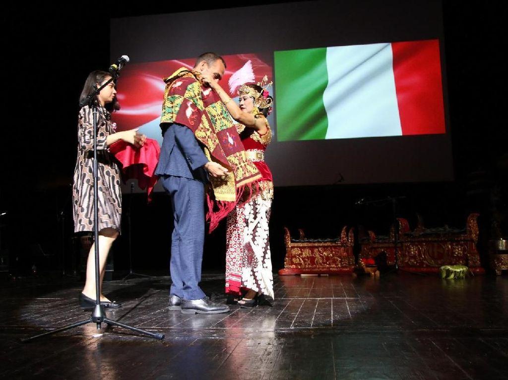 Semarak Peringatan 70 Tahun Hubungan Diplomatik Indonesia-Italia