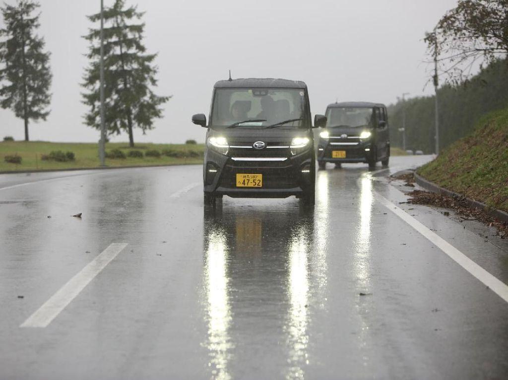 Fitur Canggih di Mobil Mungil Daihatsu, Bisa Parkir Otomatis